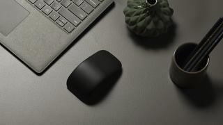 Microsoft!横スクロールにも対応した「Arc Mouse」を9月22日に発売!!