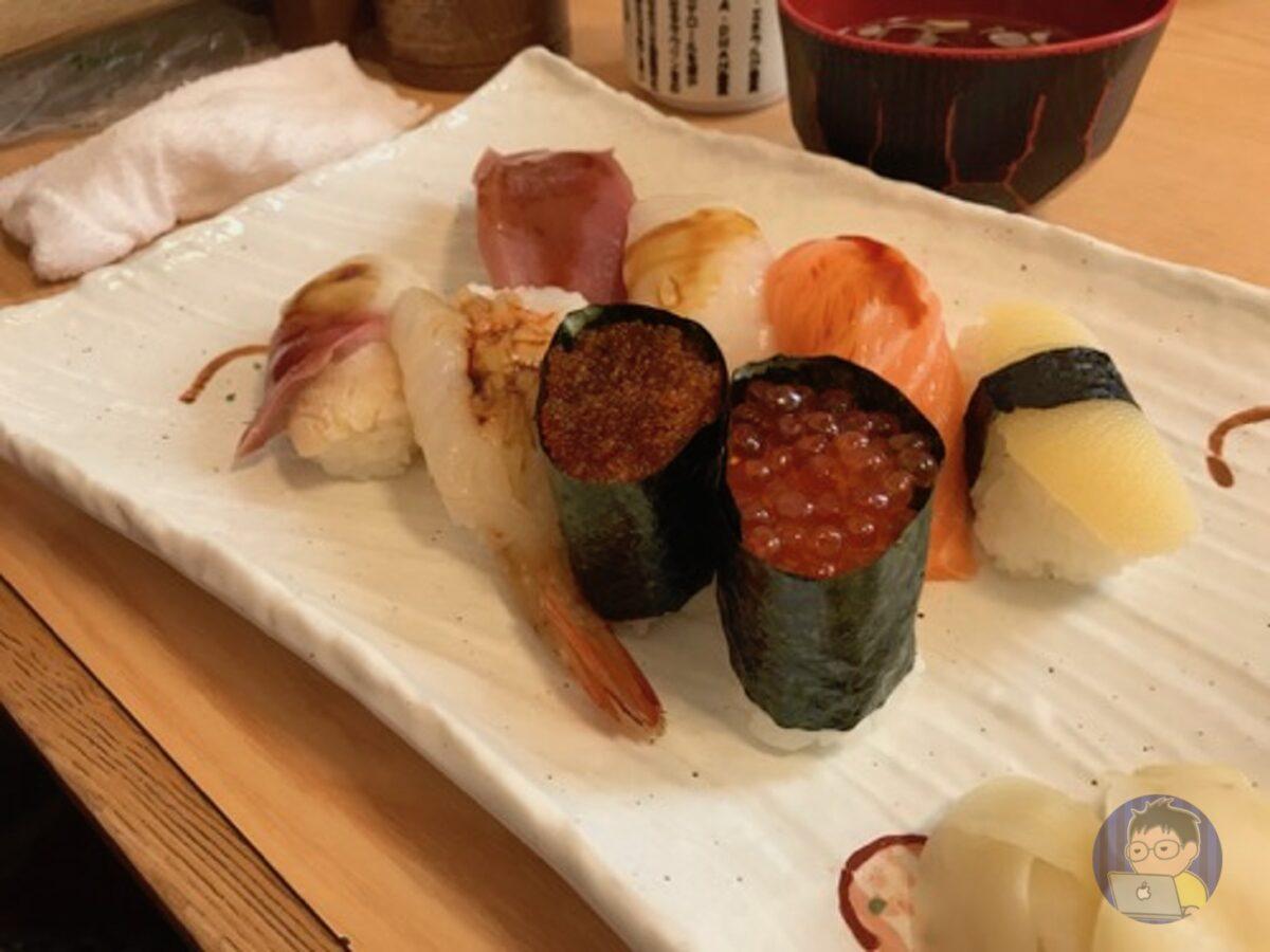 「ジャンボ寿司」が食べられる福寿司
