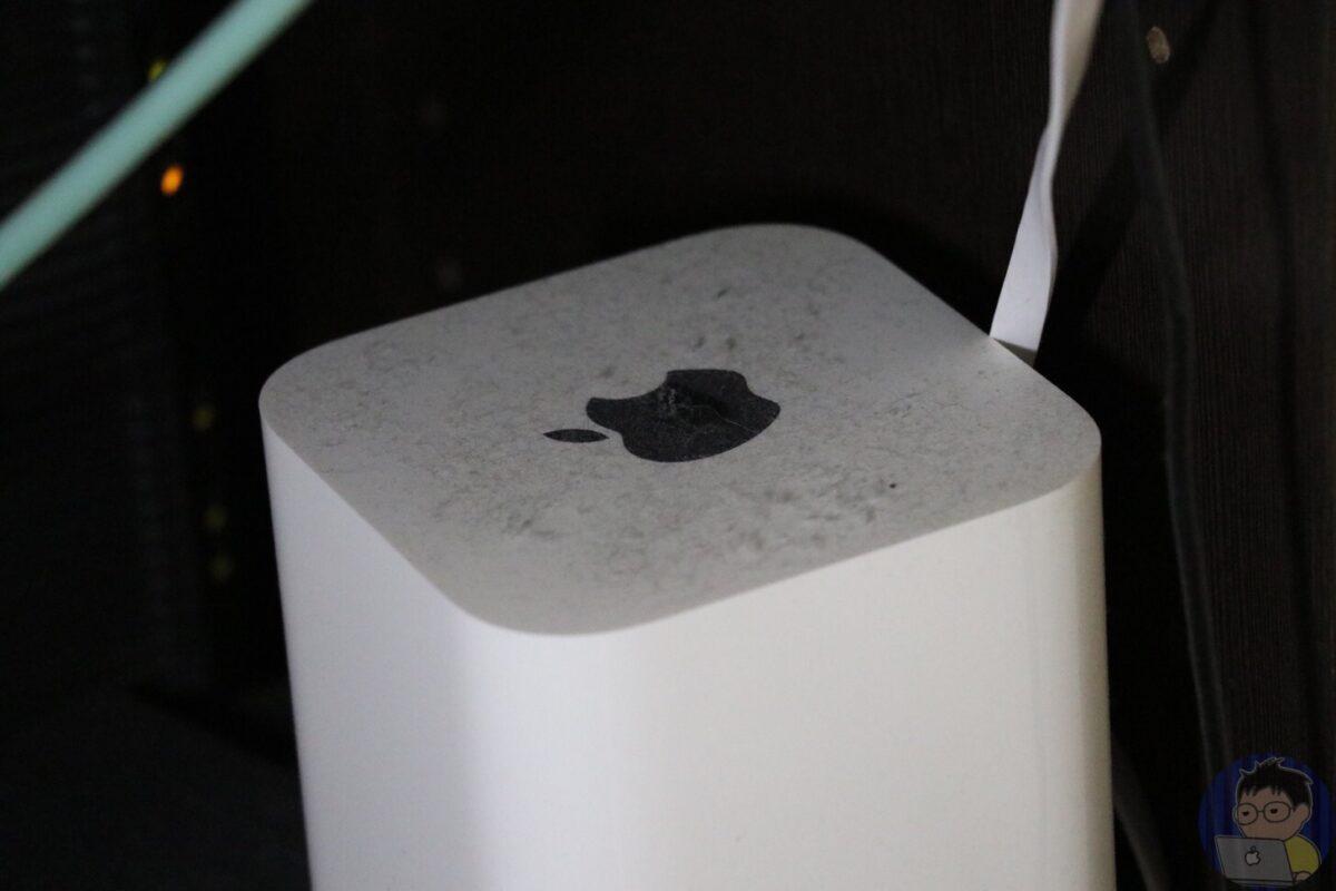 ネットの調子が悪いと思ったらAirMacが大変なことに・・・