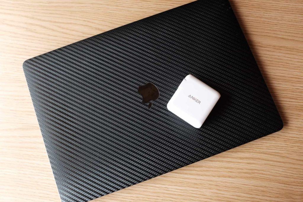 15インチ MacBook Pro(2016)