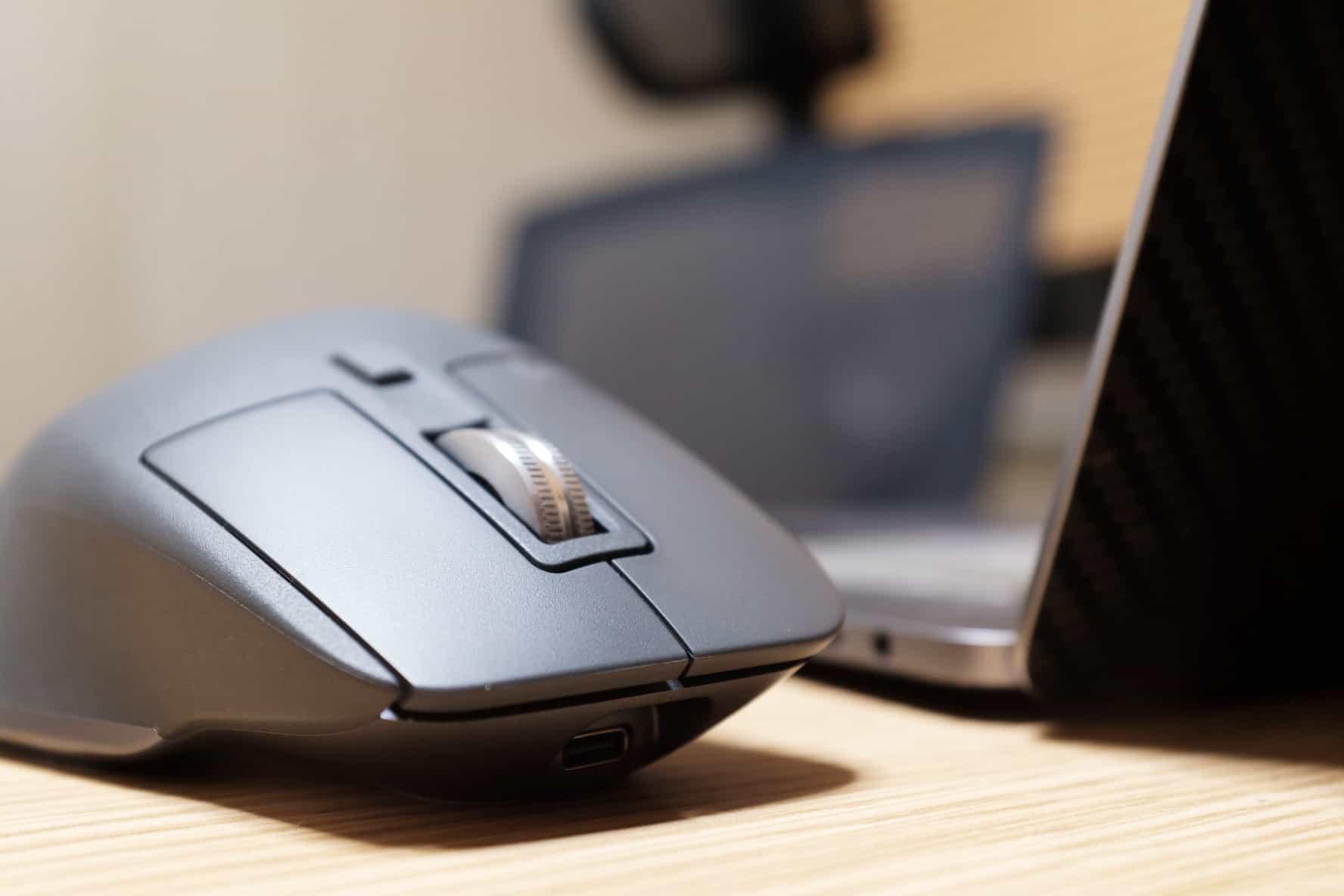 MacBook Pro.Bluetoothマウス