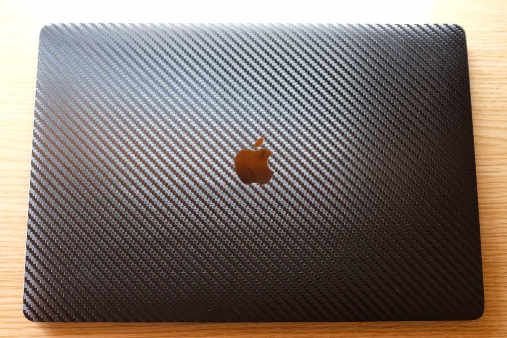 16インチ MacBook Pro スキンシール