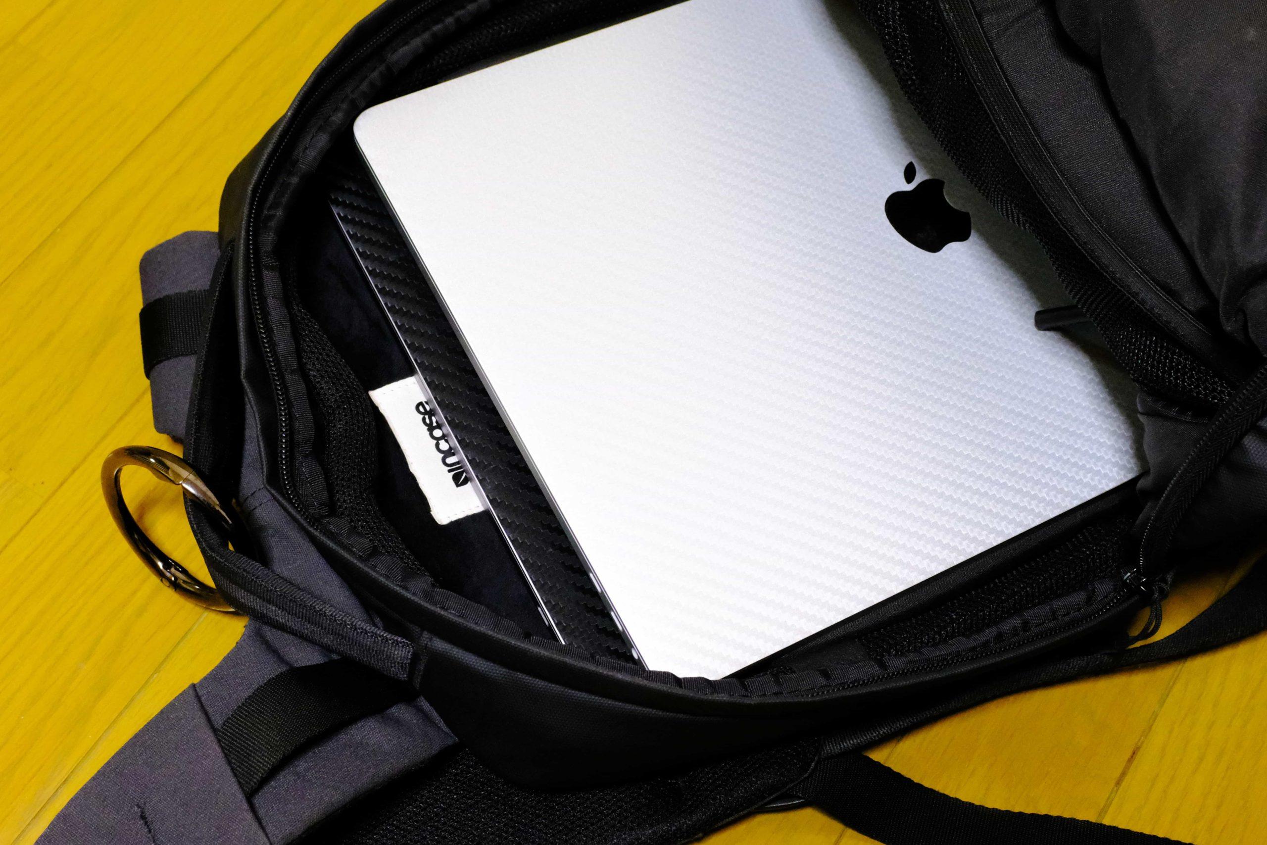 16インチ MacBook Pro 2台分の重さの破壊力とは!?