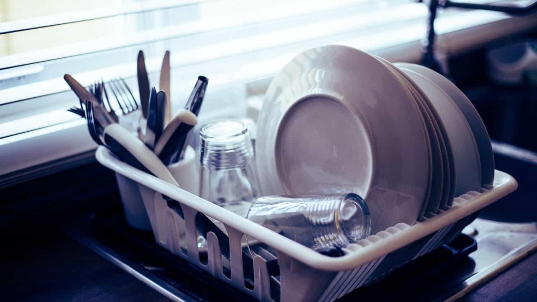 皿洗いをすぐやる・やらないでめっちゃすぐ夫婦喧嘩になるんだけど