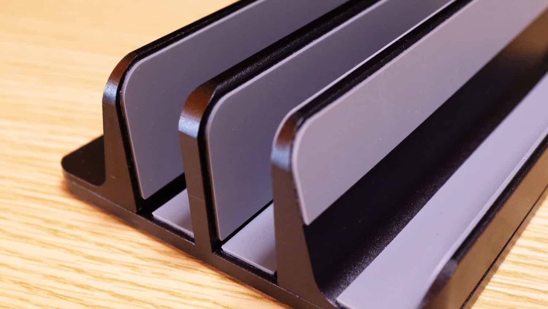 3台目はタブレットかスマホを置くのにちょうどいい広さ
