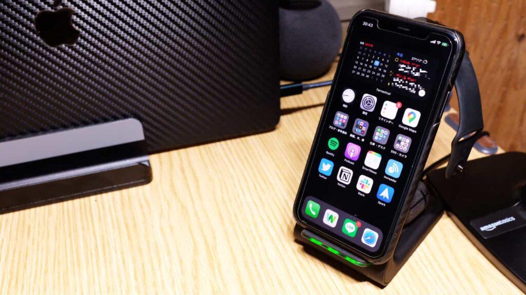 【レビュー】Apple3種の神器を同時充電ができる「UMEMORY 3 in 1 ワイヤレス充電器」が快適すぎる