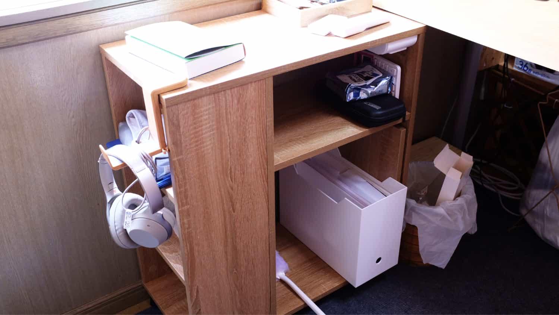デスク横のサイドテーブルとしては「DEVAISE サイドテーブル」は優秀