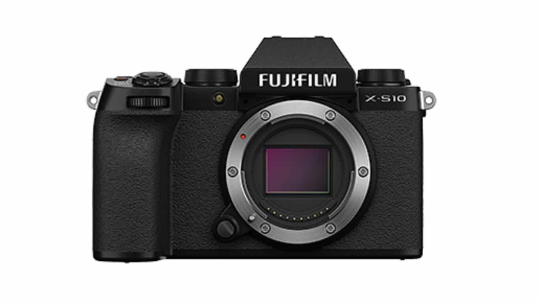 FUJIFILM X-S10 のレンズキットはどこにも売っていないんだけど、本体のみを販売しているのはサイトは、ちらほらあった