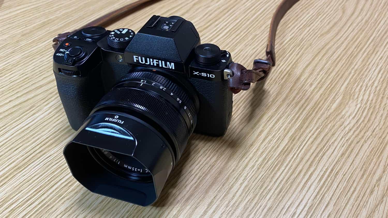 ブログ用カメラに「FUJIFILM X-S10」を購入しました。ぼくの欲しいモノがすべて詰まっているカメラです