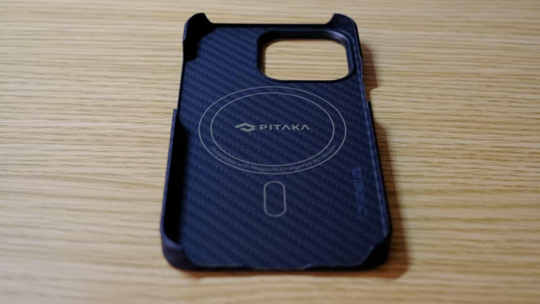 PITAKA iPhone 13 Pro 対応ケース